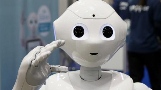 机器人来了 你将被取代还是?